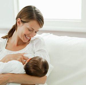 授乳中に市販の風邪薬は飲んでいいの?病院で処方してもらうべき?