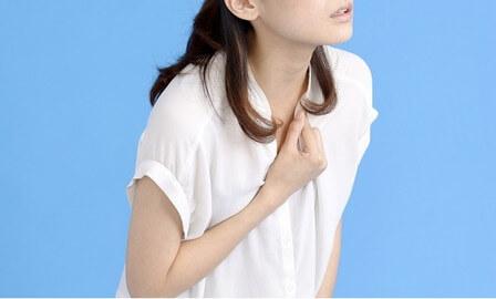 胸 女性 痛い 左 が チクチク